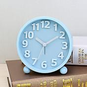 파란색 자동 movment를 밤 빛 MATEL 경우에 알람 시계