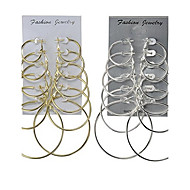 Naisten Korvarenkaat Korut Yksinkertainen Multi-tapoja Wear Classic pukukorut Metalliseos Round Shape Korut Käyttötarkoitus Häät Party