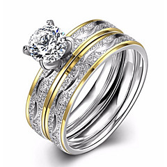 Női Karikagyűrűk Eljegyzési gyűrű Kocka cirkónia Szerelem Divat Európai jelmez ékszerek Cirkonium Titanium Acél Circle Shape Ékszerek