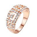 tanie Systemy CCTV-Damskie Kryształ Pierścień oświadczenia Imitacja diamentu Stop damska Luksusowy Moda Modne pierścionki Biżuteria Srebrny / Złota Na Ślub Impreza Jeden rozmiar