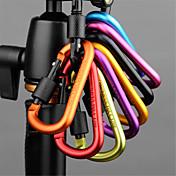 botón de bloqueo de seguridad del gancho al aire libre que va de excursión de senderismo mochila llavero caldera t (color al azar 5 set)