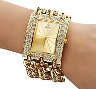 Женские Модные часы Часы-браслет Кварцевый Группа Блестящие Золотистый
