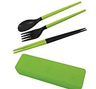 Недорогие -путешествовать портативный съемный пластиковый палочки для еды + ложка + вилка Набор с футляром для хранения (случайный цвет)
