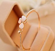 Недорогие -Браслет разомкнутое кольцо Уникальный дизайн Очаровательный Для офиса На каждый день Мода Цирконий Стразы Опал Сплав LOVE Бижутерия Для
