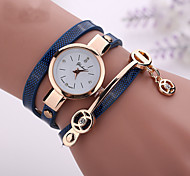 cheap -Women's Quartz Bracelet Watch Imitation Diamond Casual Watch PU Band Casual Bohemian Fashion Black White Blue Red