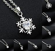 Women's Fashion Zircon Crystal Snowflake Crown Love Flower Pattern Pendant Necklace 1pc