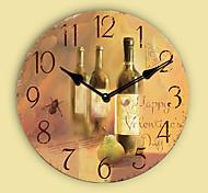 1PC Retro Bracket Clock  Contracted Sitting Room Adornment Clock Quartz Clock (Pattern is Random)