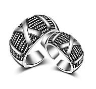 Недорогие -Муж. Женский Классические кольца Кольцо на кончик пальца Бижутерия Сексуальные платья Кроссовер Мода Регулируется обожаемый Хип-хоп