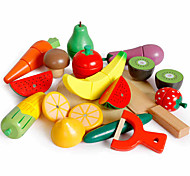 Недорогие -Игрушечная еда Магнитный Ножи для овощей и фруктов Овощи и фрукты Детские Подарок