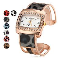 Damskie Modny Zegarek na bransoletce Kwarcowy Stop Pasmo Błyszczące Matowa czerń Elegancki Czarny Biały Niebieski Czerwony Złoty Różowy