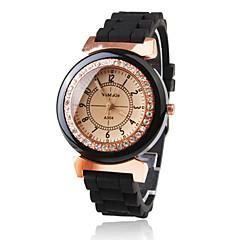 preiswerte Damenuhren-Damen Quartz Armbanduhr Japanisch Armbanduhren für den Alltag Plastic Band Glanz Kleideruhr Modisch Schwarz