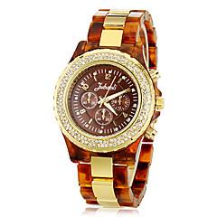 preiswerte Damenuhren-Frauen Diamante Round Zifferblatt Kunststoff-Band Quarz Analog-Armbanduhr (farbig sortiert)