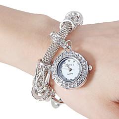 Women's Vintage Diamante Round Dial Alloy Band Quartz Analog Fashion Watch(Assorted Color) Cool Watches Unique Watches