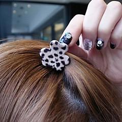 precioso grano del leopardo pequeño, rascándose la parte superior clip horquilla del pelo estilo surcoreano