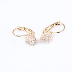 tanie Kolczyki-Kolczyki na sztyft Kryształ Modny Europejski Kryształ górski Pozłacane 18K złoty sztuczna Diament Austria Crystal Biżuteria Na 2pcs