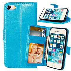 Недорогие Кейсы для iPhone 5-Кейс для Назначение iPhone 5 / Apple Кейс для iPhone 5 Кошелек / Бумажник для карт / со стендом Чехол Однотонный Твердый Кожа PU для iPhone SE / 5s / iPhone 5