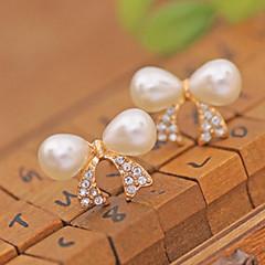 preiswerte Ohrringe-Damen Ohrstecker / Ohr-Stulpen - Perle, Krystall, Künstliche Perle Kreuz, Schleife Luxus Weiß Für Party / Alltag / Normal / vergoldet / Diamantimitate