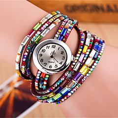 preiswerte Damenuhren-Damen Armband-Uhr Mehrfarbig Leder Band Glanz / Böhmische / Modisch Schwarz / Weiß / Rot / Ein Jahr / Tianqiu 377