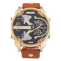 preiswerte Tolle Angebote auf Uhren-Herrn Quartz Armbanduhr Militäruhr Kalender Duale Zeitzonen Leder Band Cool Schwarz Braun Khaki