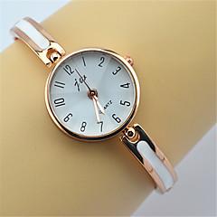 vogue attractive JW ladies bracelet quartz watch for women Cool Watches Unique Watches Fashion Watch Strap Watch