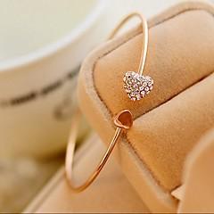 Жен. Браслет разомкнутое кольцо Сердце Симпатичные Стиль Мода Простой стиль бижутерия Стразы В форме сердца Бижутерия Назначение Свадьба