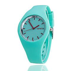 preiswerte Damenuhren-Damen Quartz Armbanduhr Armbanduhren für den Alltag Silikon Band Charme Freizeit Modisch Schwarz Weiß Blau Rot Orange Braun Grün Rosa