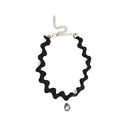 Dame Kort halskæde Dråbe Imitation Diamond Mode Hvid Sort Smykker For Daglig Afslappet 1 Stk.