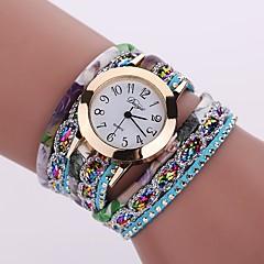 preiswerte Damenuhren-Damen Armband-Uhr Armbanduhr Quartz Cool Legierung Band Analog Charme Glanz Retro Schwarz / Weiß / Blau - Rot Grün Hellblau Ein Jahr Batterielebensdauer