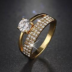 preiswerte Ringe-Damen Kubikzirkonia Ring - Kubikzirkonia, Aleación 6 / 7 / 8 Silber / Golden Für Hochzeit / Party / Normal