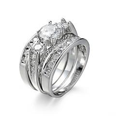 Χαμηλού Κόστους Δαχτυλίδια-Γυναικεία Σετ Κοσμημάτων Δαχτυλίδι αρραβώνων Δαχτυλίδι Συνθετικό Diamond Cubic Zirconia Κομψή Ευρωπαϊκό Ζιρκονίτης Cubic Zirconia Ατσάλι