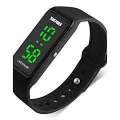 baratos Relógios para Casais-SKMEI Homens Casal Relógio Esportivo Relógio de Pulso Digital 50 m Impermeável Calendário Cronômetro PU Banda Digital Preta - Vermelho Verde Azul / Noctilucente