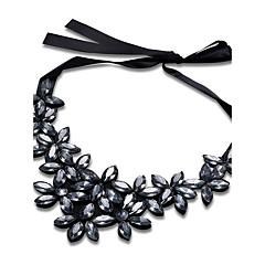preiswerte Halsketten-Damen Kubikzirkonia Geometrisch Anhängerketten / Statement Ketten - versilbert Retro, Böhmische, Ethnisch Weiß, Grau, Hellbraun Modische Halsketten Für Party, Klub