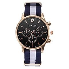 preiswerte Herrenuhren-Herrn Damen Quartz Modeuhr Armbanduhren für den Alltag Chinesisch Chronograph Stoff Band Elegant Schwarz Weiß Blau Rot