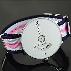 preiswerte Damenuhren-Damen Armbanduhr Quartz Armbanduhren für den Alltag Nylon Band Analog Modisch Mehrfarbig Blau / Rot / Grün - Weiß / Pink Weiß / Rot Marine / Rot / Weiß