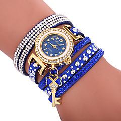 preiswerte Damenuhren-Xu™ Damen Armband-Uhr Armbanduhr Quartz Kreativ Armbanduhren für den Alltag bezaubernd PU Band Analog Böhmische Modisch Schwarz / Weiß / Blau - Rot Grün Blau Ein Jahr Batterielebensdauer