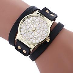 お買い得  レディース腕時計-Xu™ 女性用 ブレスレットウォッチ リストウォッチ クォーツ クリエイティブ カジュアルウォッチ 愛らしいです PU バンド ハンズ Heart Shape ファッション ブラック / 白 / レッド - ベージュ Brown レッド 1年間 電池寿命 / 模造ダイヤモンド / 大きめ文字盤