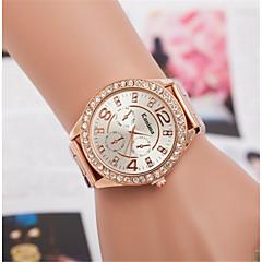 preiswerte Damenuhren-L.WEST Damen Armbanduhr Chinesisch Armbanduhren für den Alltag / Imitation Diamant Legierung Band Freizeit / Modisch Silber / Gold /