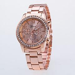 preiswerte Damenuhren-Damen Armbanduhr Chinesisch Armbanduhren für den Alltag Legierung Band Modisch Silber / Gold / Rotgold