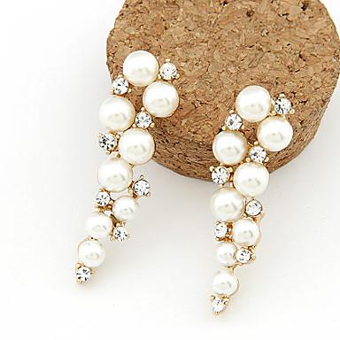 Γυναικεία Κρεμαστά Σκουλαρίκια Μοντέρνα Μαργαριτάρι Απομίμηση Μαργαριταριού Στρας Προσομειωμένο διαμάντι Κράμα Κοσμήματα Λευκό Καθημερινά