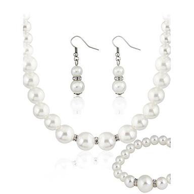 Pentru femei Set bijuterii - Imitație de Perle De Bază Include Alb Pentru Nuntă / Petrecere / Ocazie specială / Σκουλαρίκια