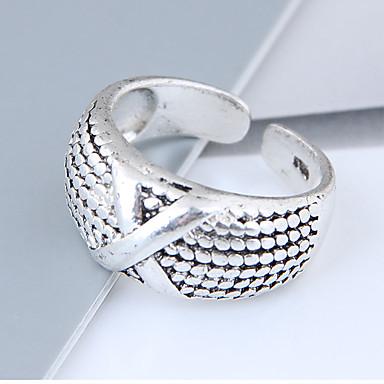 Női X gyűrű Band Ring Ötvözet hölgyek Vintage Európai Divat Divatos gyűrű Ékszerek Ezüst Kompatibilitás Napi Állítható