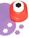 ferramenta de corte diy mini-metal padrão flor de ameixa soco (cor aleatória)